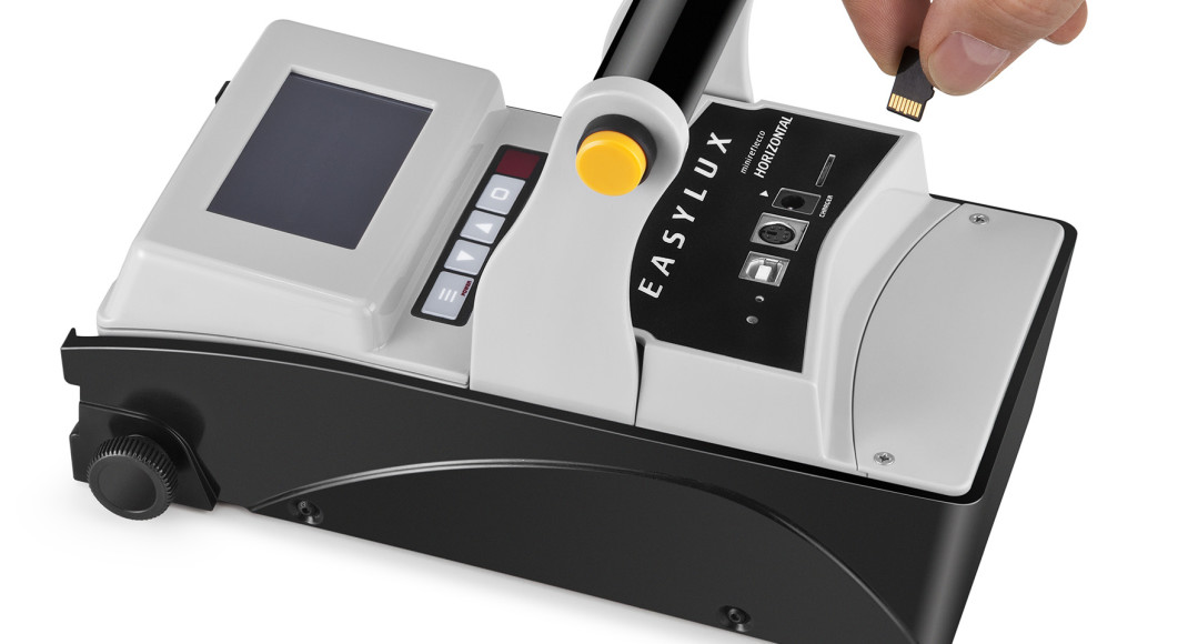 Retroreflectometer